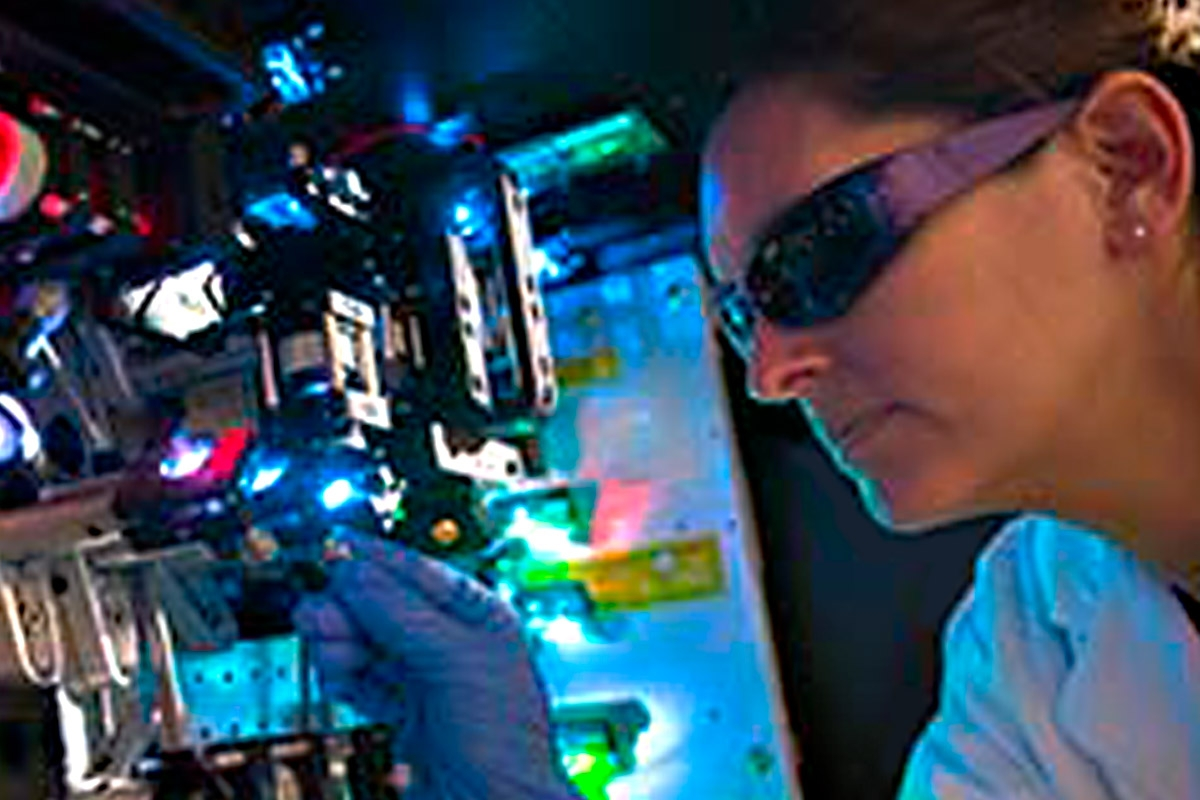 researcher in lab, conducting experiments